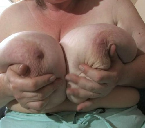 Gretl, Karola – Mature BBWs Long Pendulous Titties Gigantomastia HD 720p