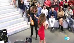 Emma García Video Minivestido Con Botas